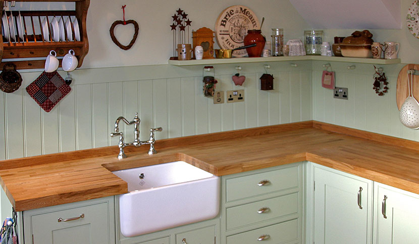 Painted cottage kitchen southey interiors for Cottage kitchen designs