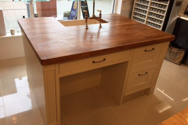 Ex Display Free standing kitchen